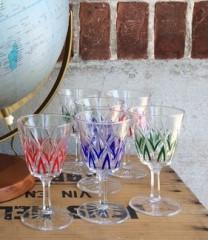 Hvidvinsglas med farver