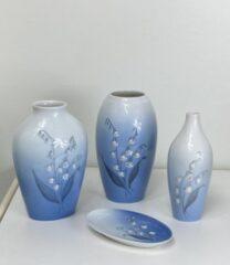 Liljekonval vaser